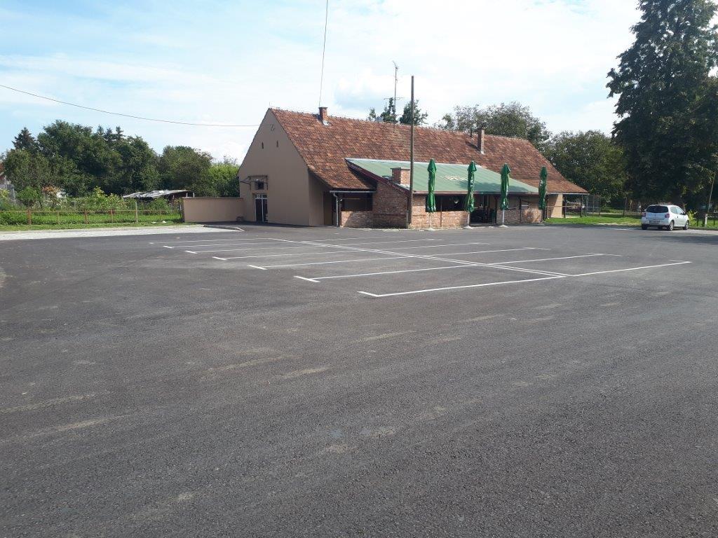 Rekonstrukcija parkirališnog prostora u Peterancu