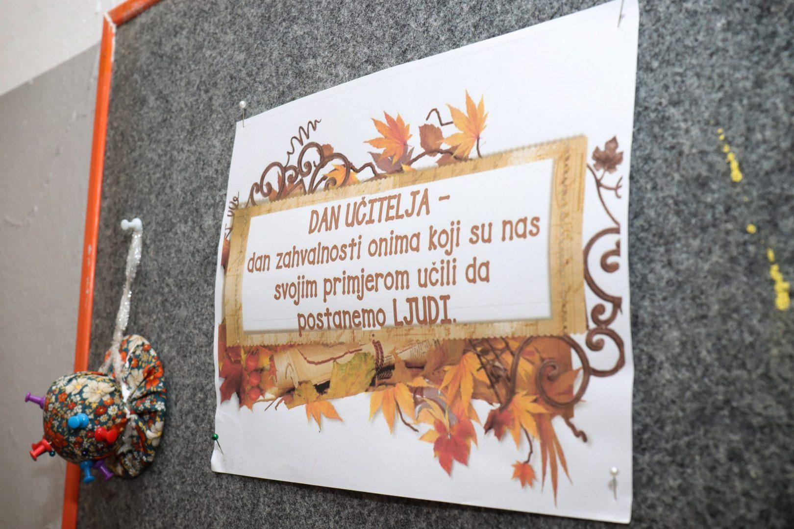 Načelnik Ivan Derdić čestitao učiteljima njihov dan
